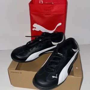 NEW Puma Fast Cat Jr Leather Shoes Size 5.5